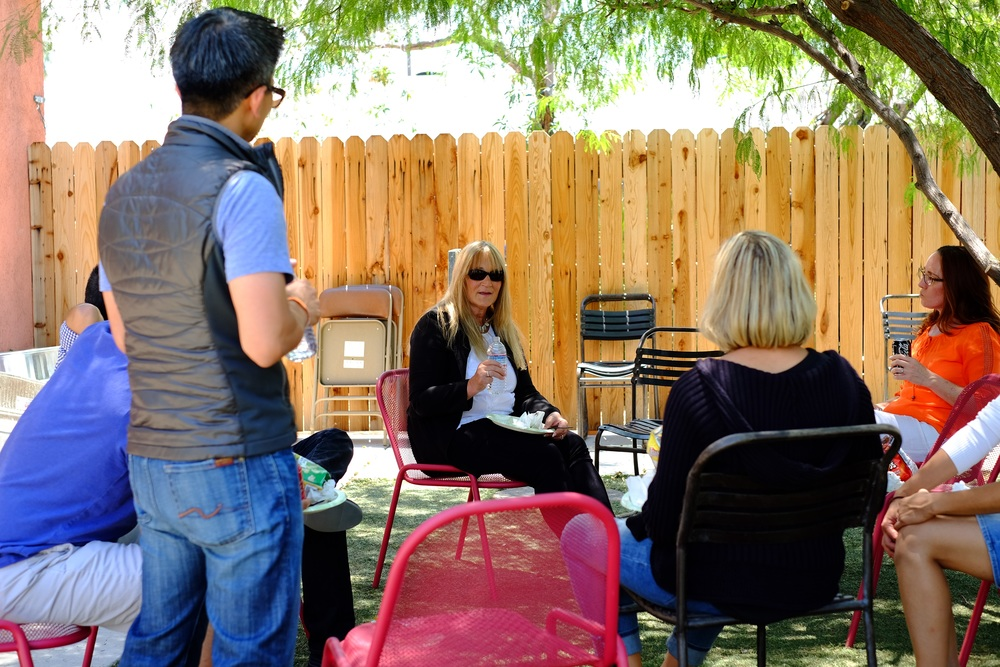 Lunch break was held in the back yard.  One of the benifits to keeping a class small is that you can relax with the instructor and even get to know them during the breaks.  Here Irene Davis holds court over some cold drinks and lunch.