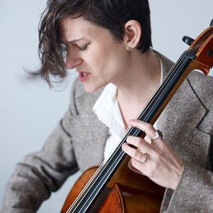 Leah Coloff, cello