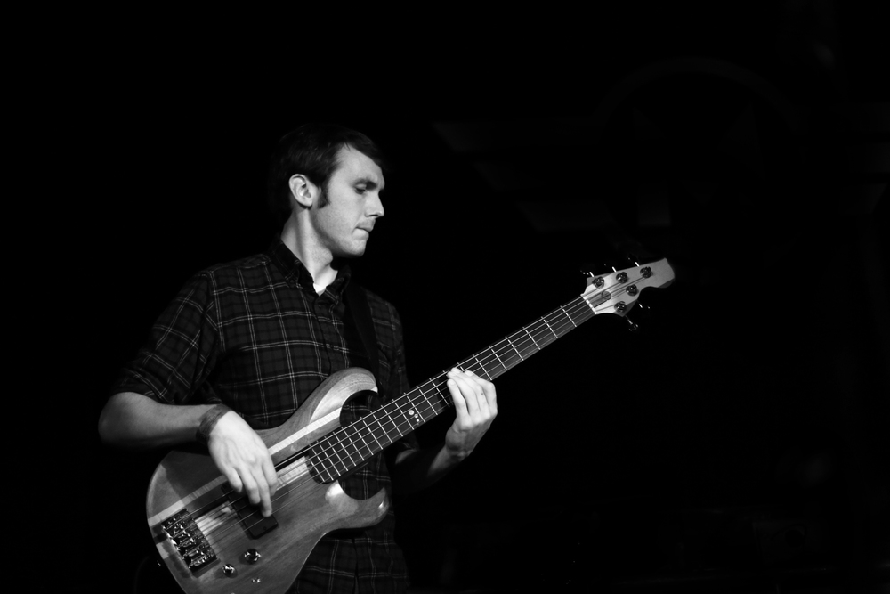 Greg Chudzik, electric bass