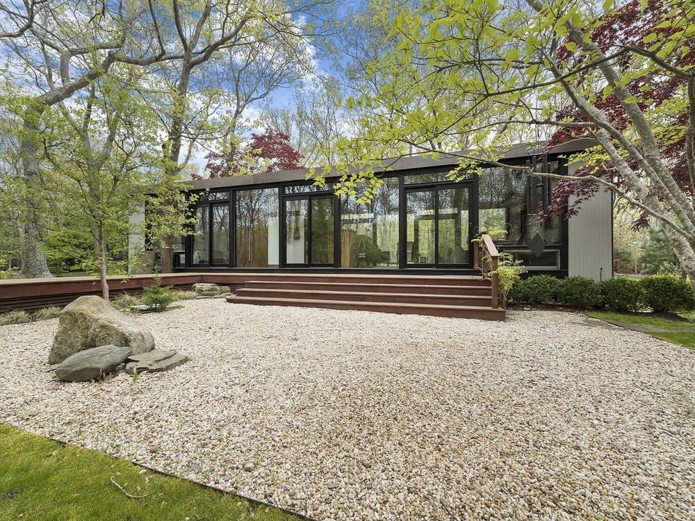 233 Red Dirt Road, Amagansett, NY 11930, Listed by Rylan Jacka of Sotheby's International Realty