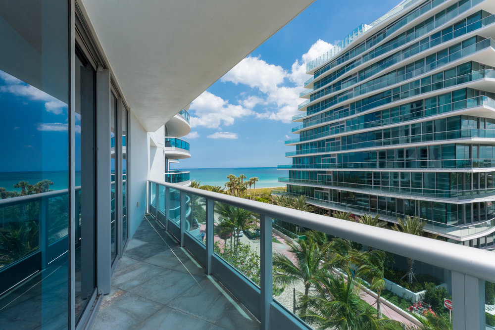 9401 Collins Ave #502