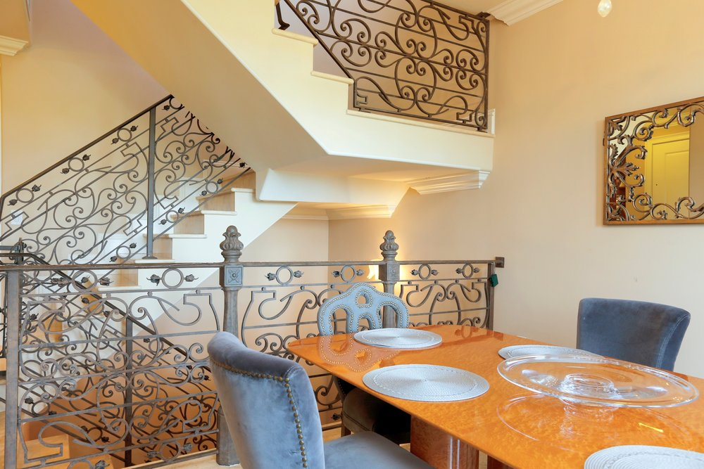 14_6230ParadisePointDr_68_StaircaseDetail_HiRes.jpg