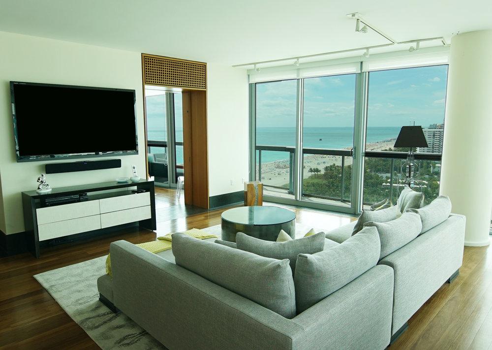 2206 Living Room2 - Copy.jpg
