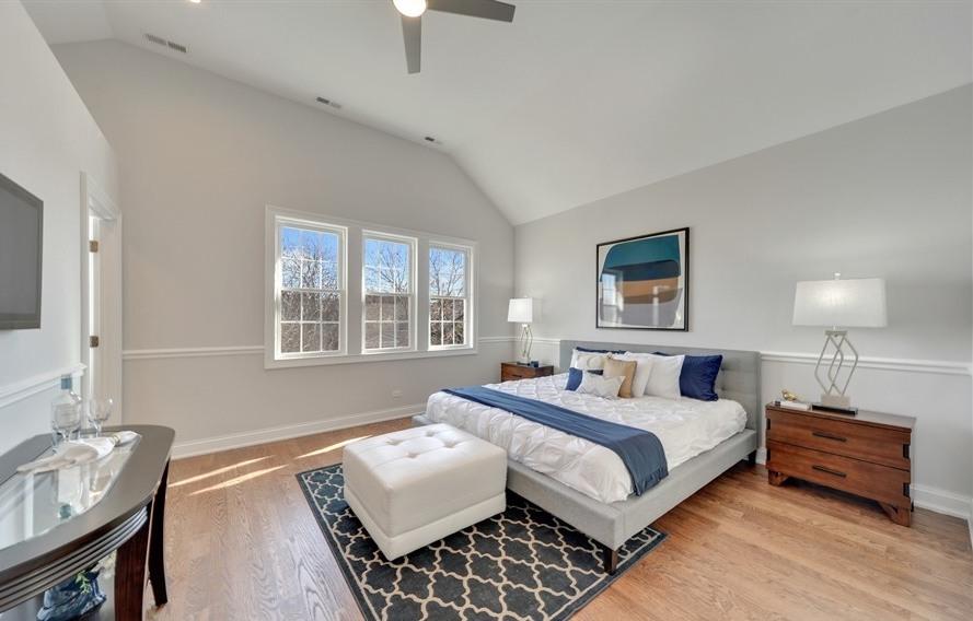 16_2640-California-Ave_14_Master-Bedroom_Web (1).jpg