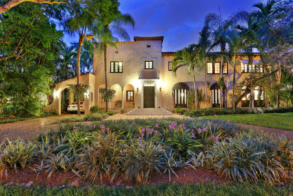 1115 N Greenway Dr, Coral Gables
