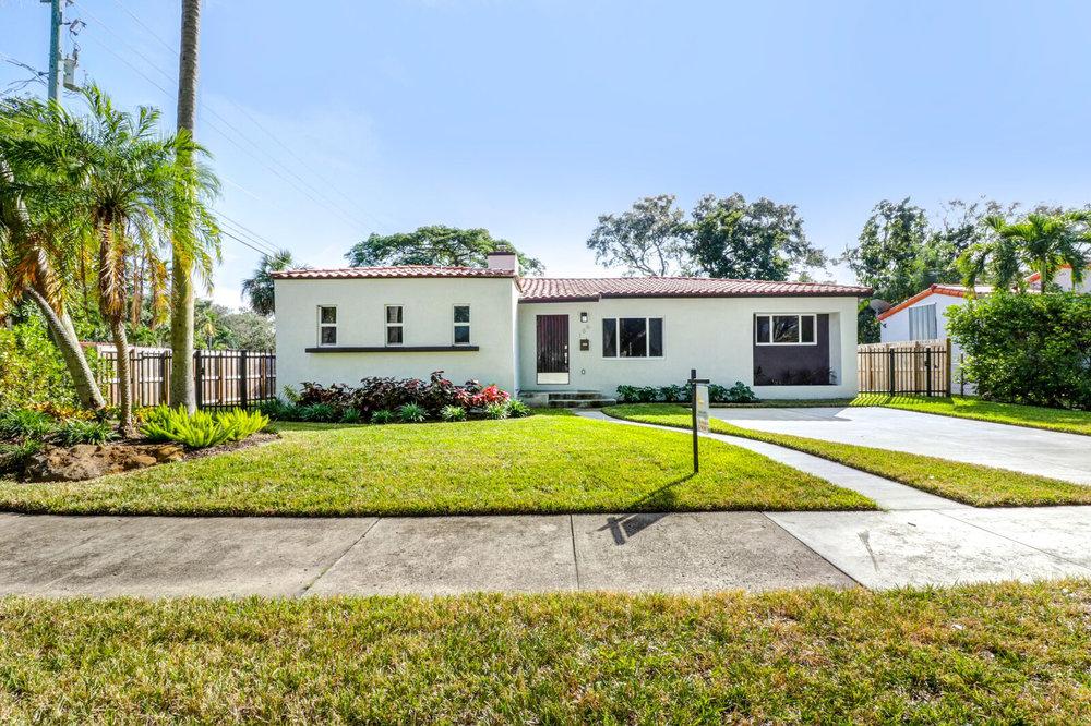 186 NE 106th St, Miami Shores