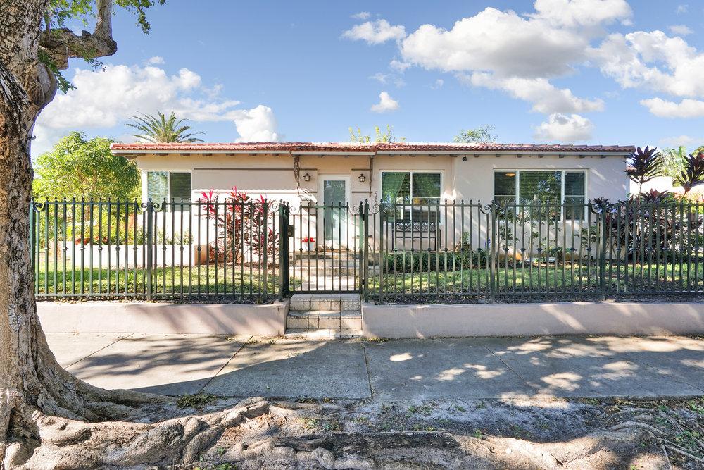 7400 NE 8th Ave, Miami