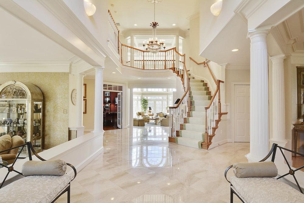 Main Level-Foyer-_DSC8479.JPG