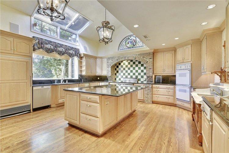 Main+Level-Kitchen-_DSC1570.JPG
