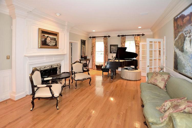 Towlston+living+room+2nd+photo.JPG