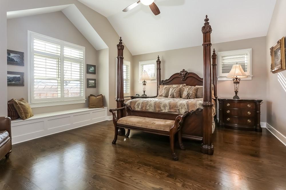 031-Master_Bedroom-5287621-large.jpg