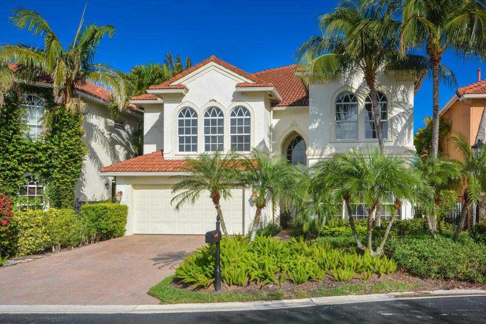 702 Sandy Point Lane, North Palm Beach