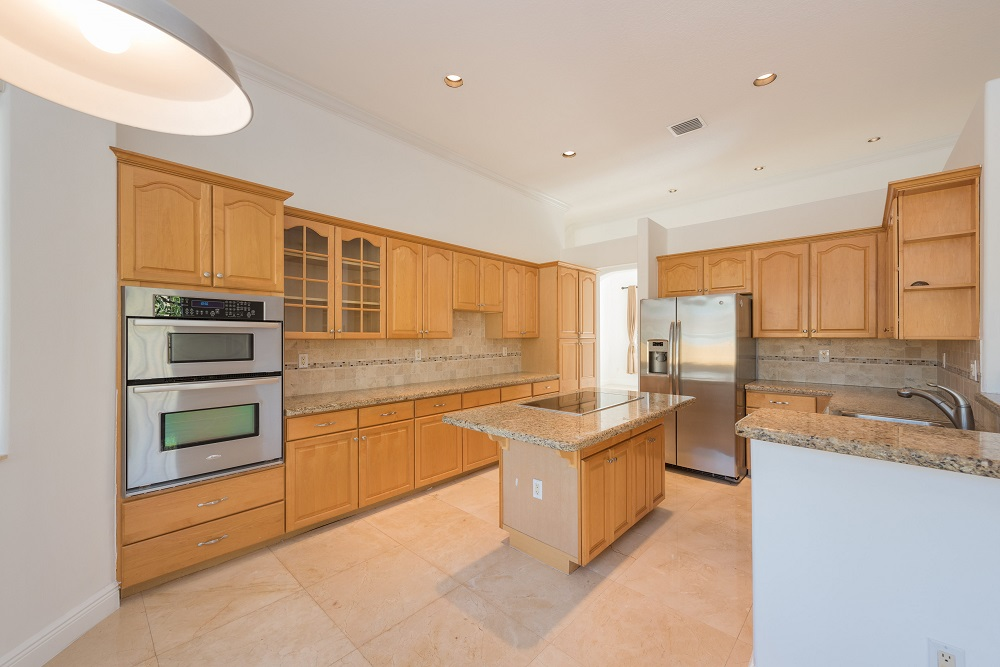 9533 SW 125th Terrace - Kitchen.jpg