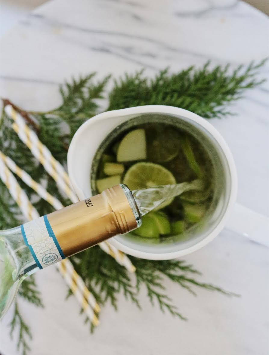 Christmas Holiday Cocktail - Sangria Recipe