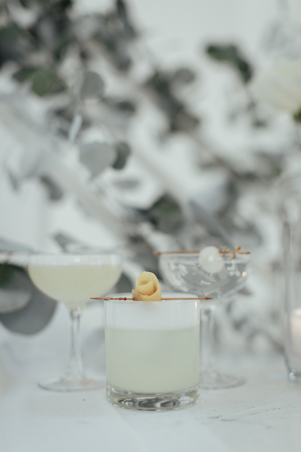 A New Winter Mix: Monochromatic White Wedding Styled Shoot White Cocktails