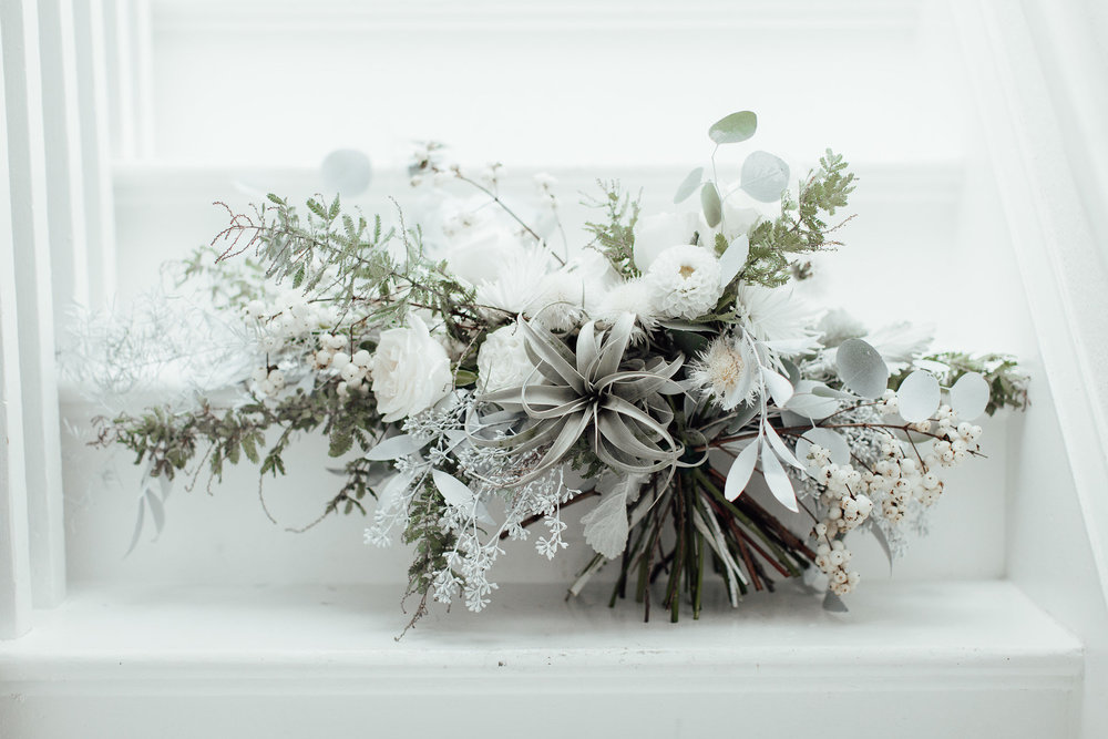 A New Winter Mix: Monochromatic White Wedding Styled Shoot Bouquet Inspiration