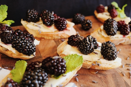 Blackberry + Goat Cheese Crostini Appetizers