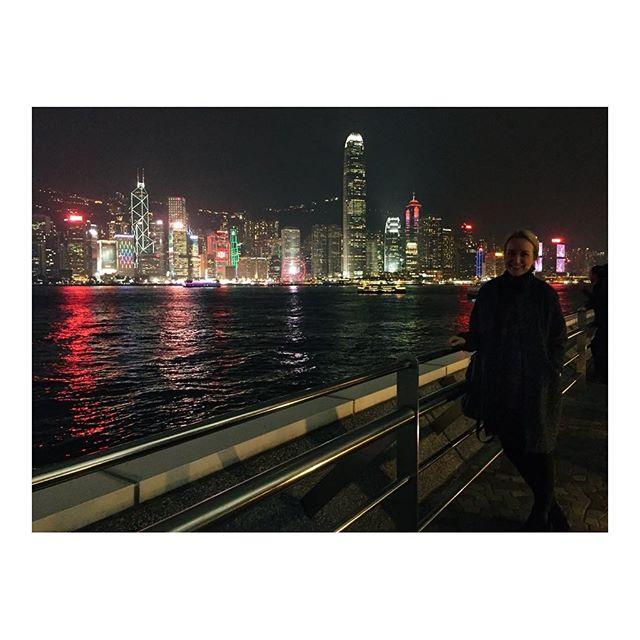 Hong Kong shimmers ✨  #hongkong #worktrip #travel #explore