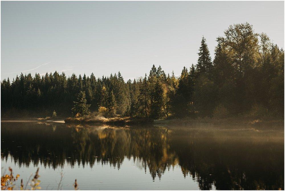 rolley lake landscape sunshine reflection fall