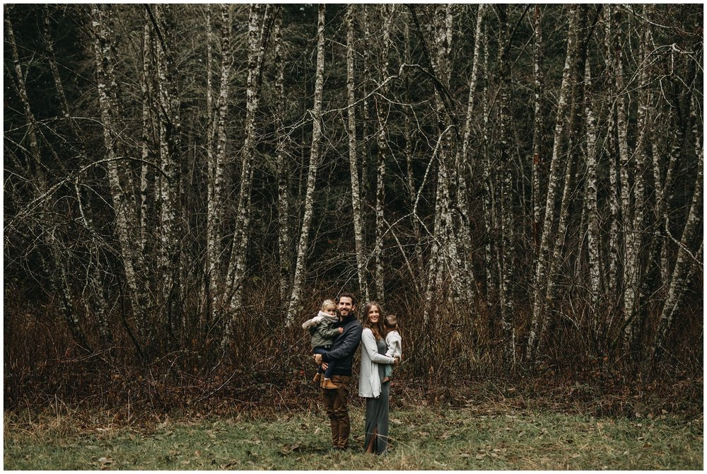chilliwack forest trees family session