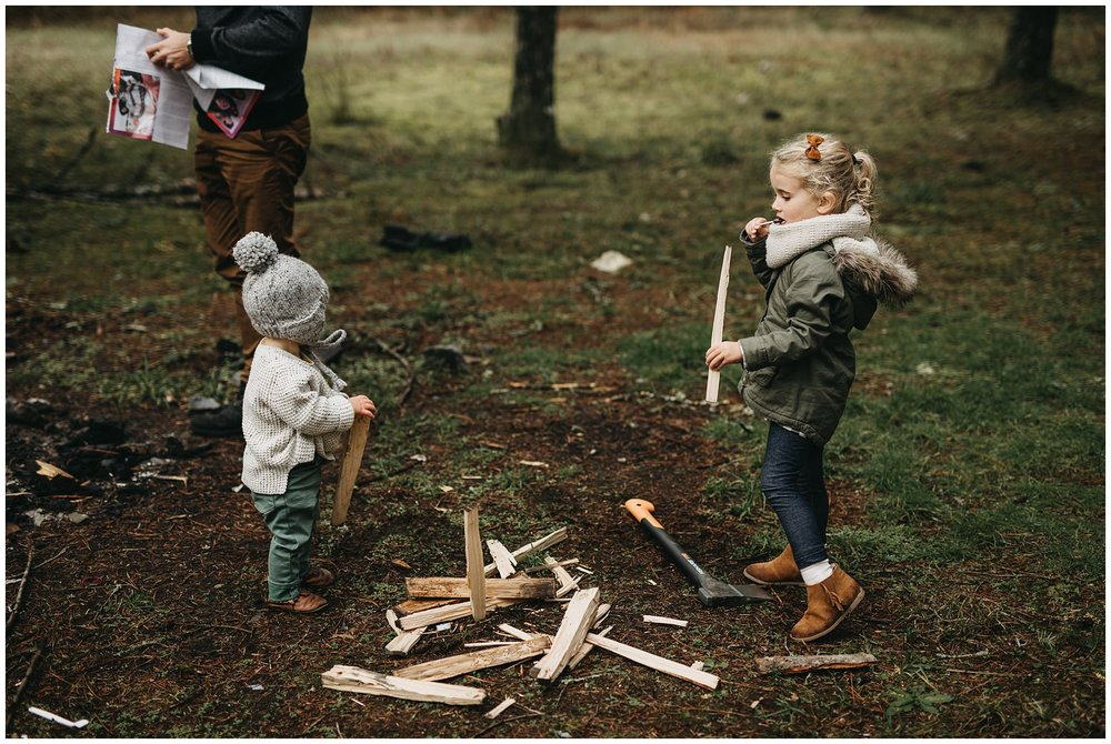 kids holding firewood campfire chilliwack family photos