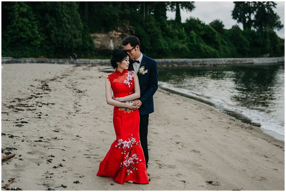 bride and groom portrait on the beach at stanley park teahouse wedding