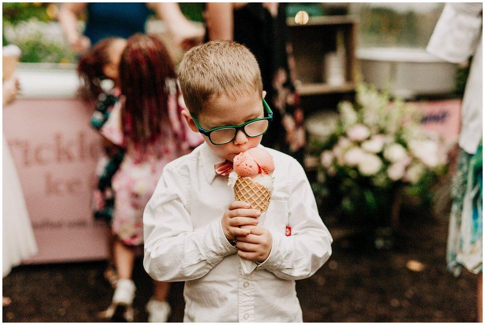 linden-gardens-kelowna-wedding_0080.jpg