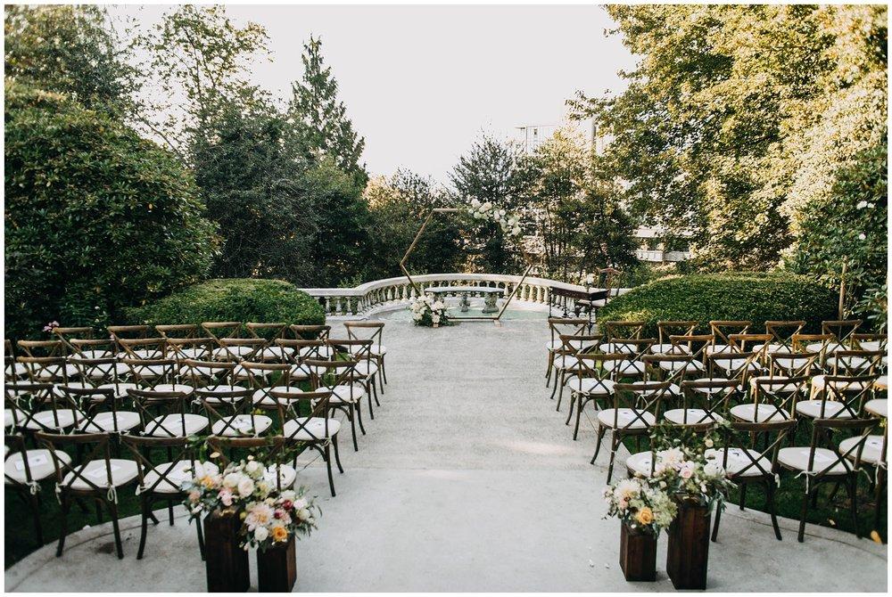 ceremony decor at hycroft manor wedding