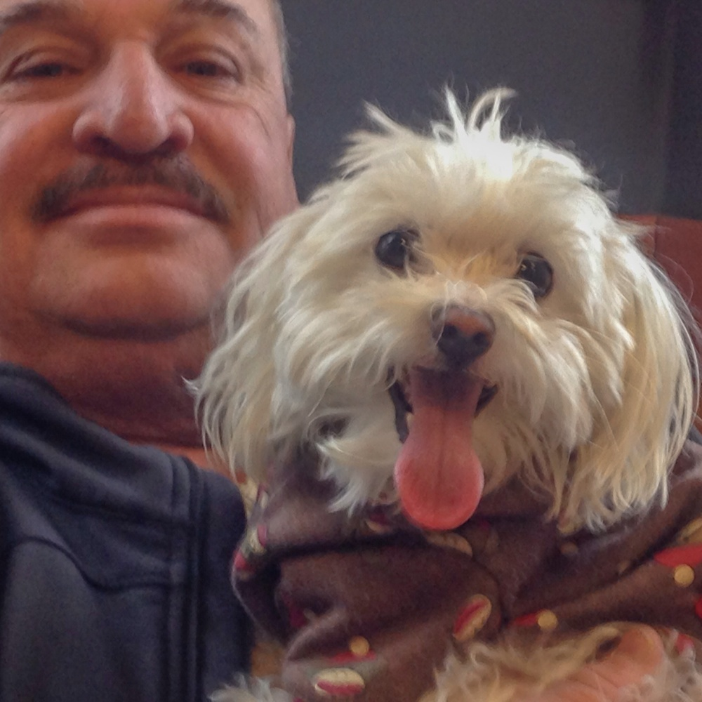 Here daddy with Chiquito! Aren't they just so adorable?!