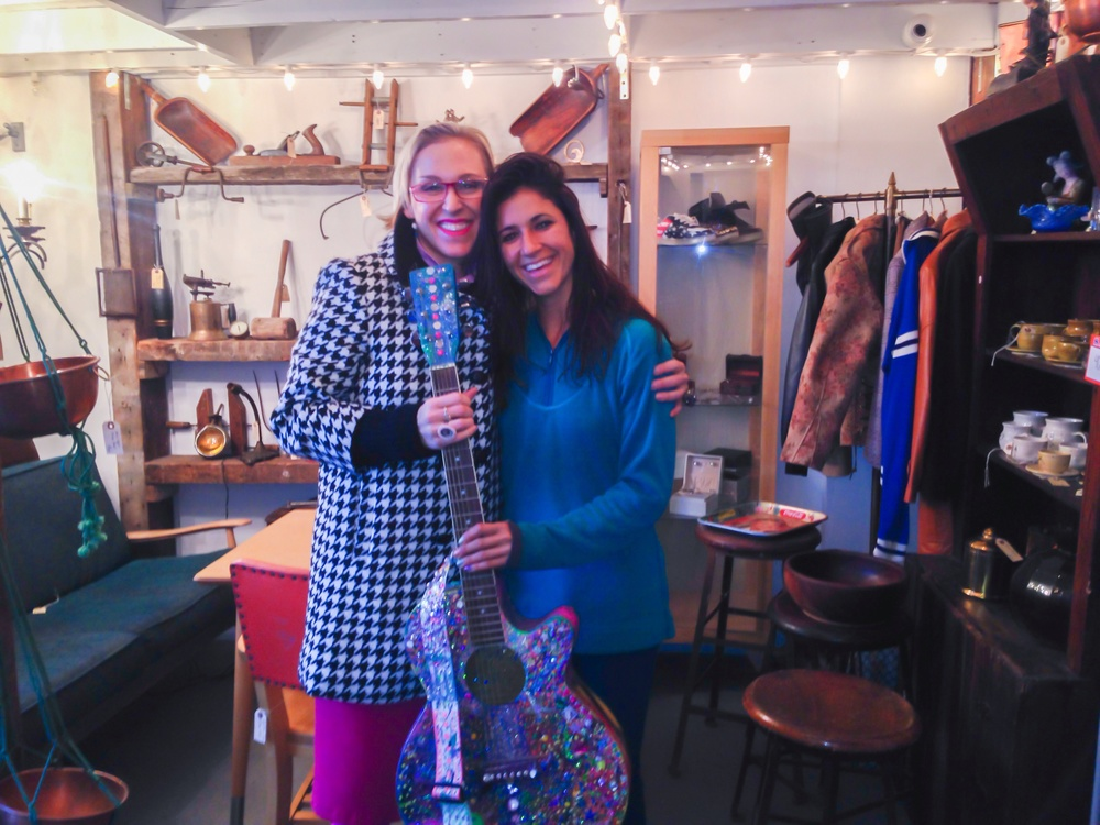 Brooke and Andriana at the La Luz Storefront with sparkles the Arted guitar!!!
