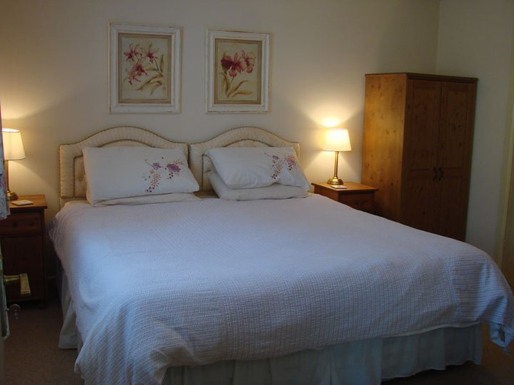 Twin or double ensuite rooms available