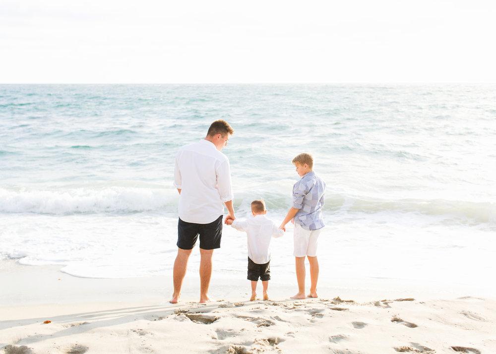 San-Diego-Family-Photographer-Windandsea-Beach-Photos_008.jpg