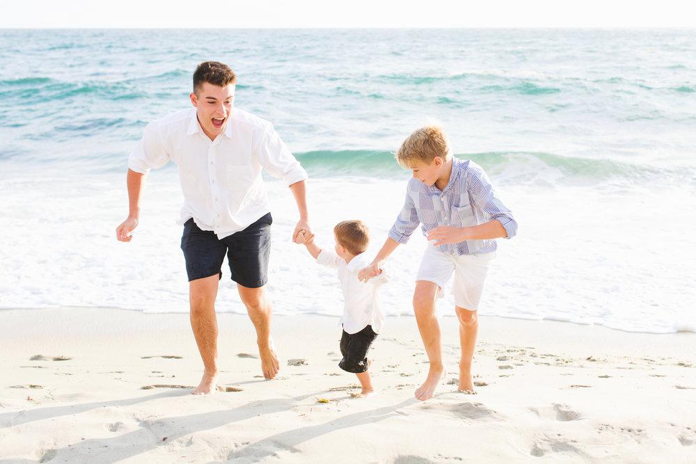 San-Diego-Family-Photographer-Windandsea-Beach-Photos_007.jpg