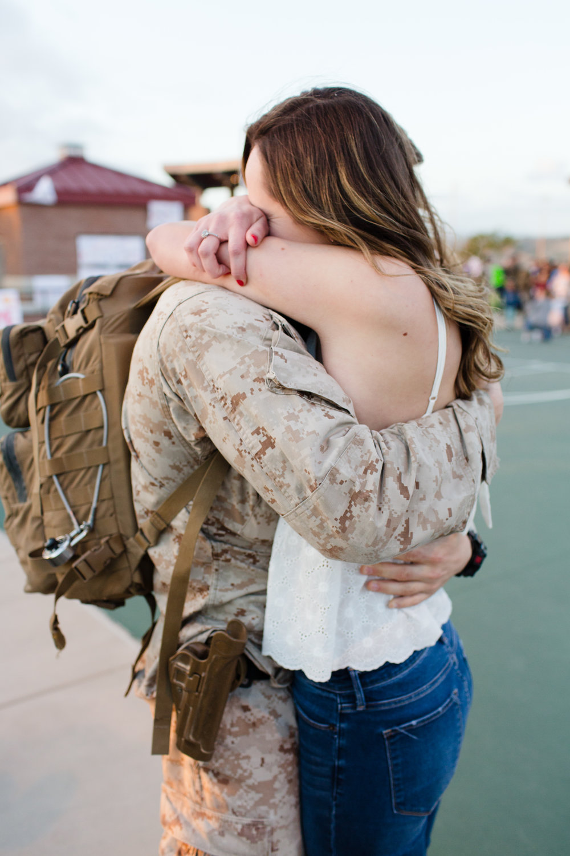 katherine_beth_photography_san_diego_photographer_camp_pendleton_military_homecoming_photographer_012.jpg