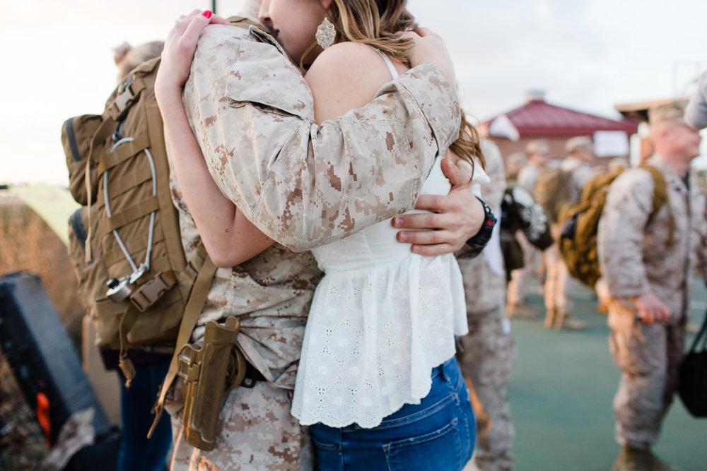 katherine_beth_photography_san_diego_photographer_camp_pendleton_military_homecoming_photographer_015.jpg