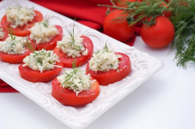 Tomato+Appetizer+with+Cheese.jpeg