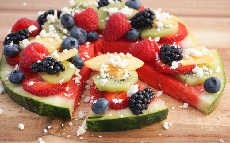 Fruity+Healthy+Pizza.jpeg
