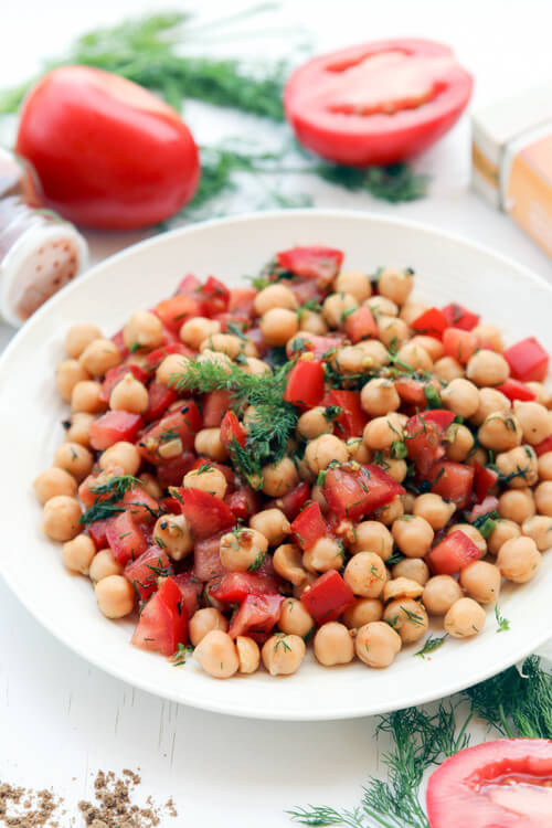 A plate of spicy tomato chickpea salad
