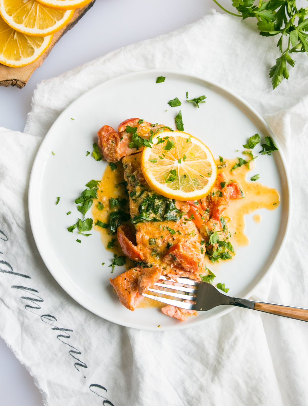 Seared_salmon_with_creamy_butter_sauce