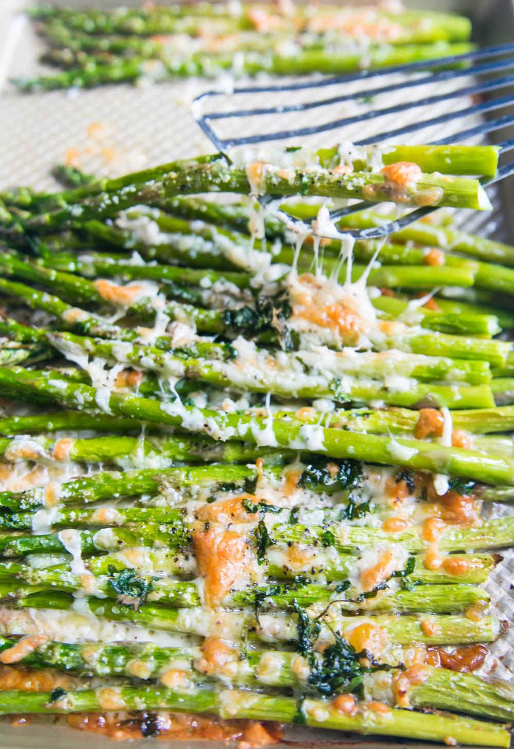 Cheese-y_Asparagus_recipe.jpg