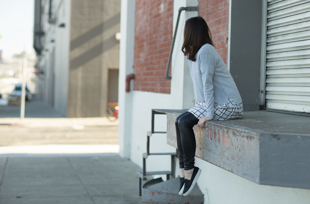 Tops: madewell, GridTunic: $70, Leggings: $20, Shoes:$118,Photo:G