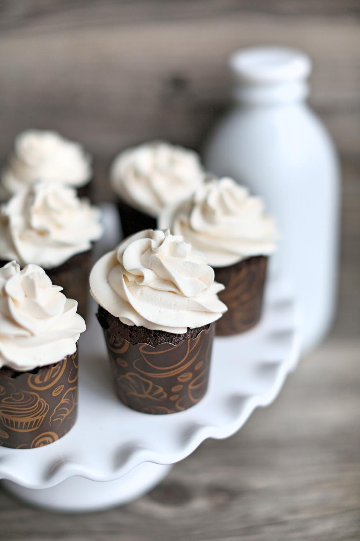 chocolate liqueur cupcakes