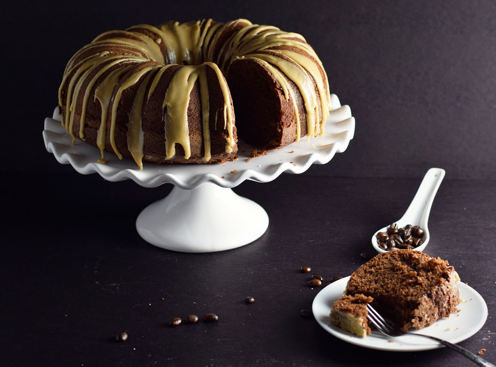 Coffee Chocolate Bundt Cake – moist, delicious, easy coffee cake with a subtle hint of chocolate. Will become your new favorite go-to cake! | trufflesandtrends.com