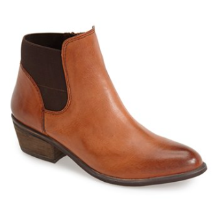 Steve Madden tan booties