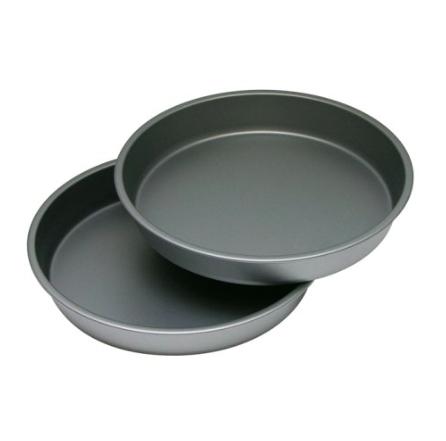 OvenStuff round cake pans | trufflesandtrends.com