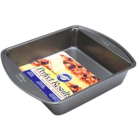 Wilton square cake pan | trufflesandtrends.com