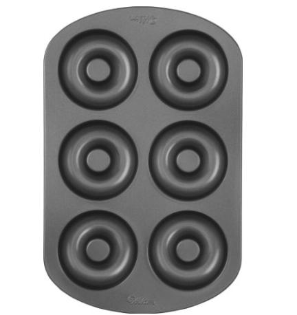 Wilton Donut Pan | trufflesandtrends.com