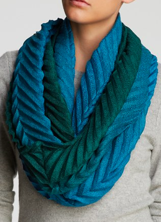 Echo ombre loop scarf