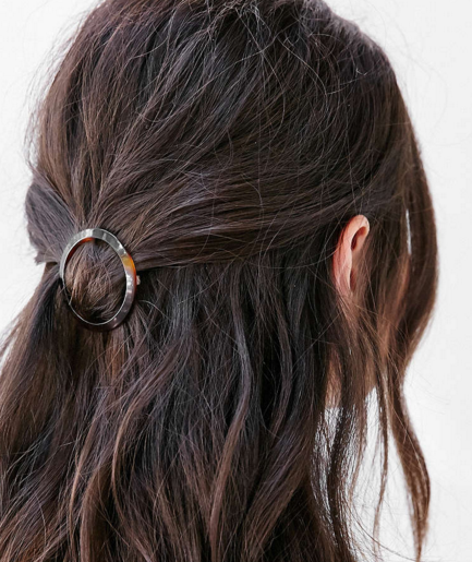 Anya Tortoiseshell Hair Clip