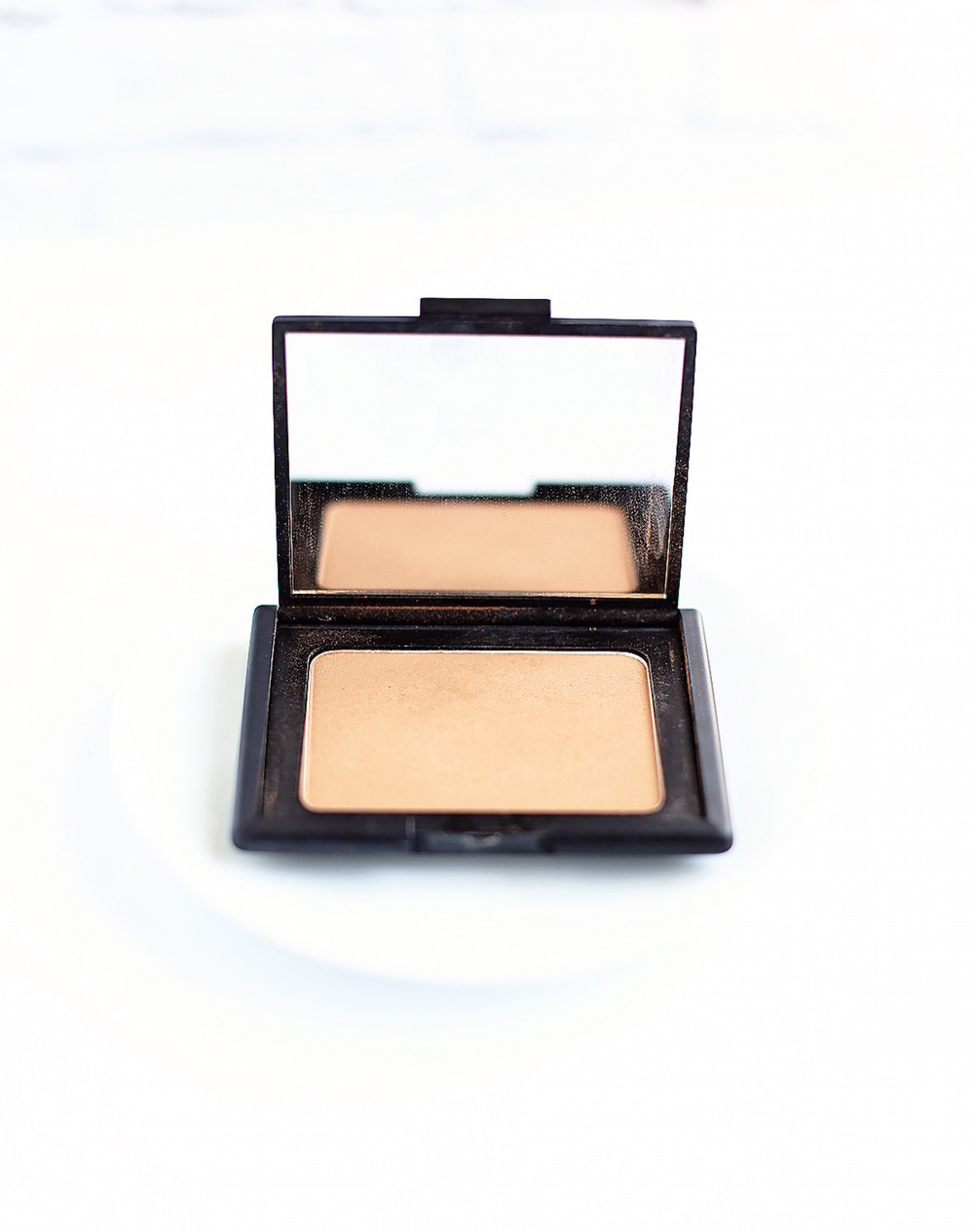 My 10 New Favorite Beauty Products - Nars Bronzer | TrufflesandTrends.com